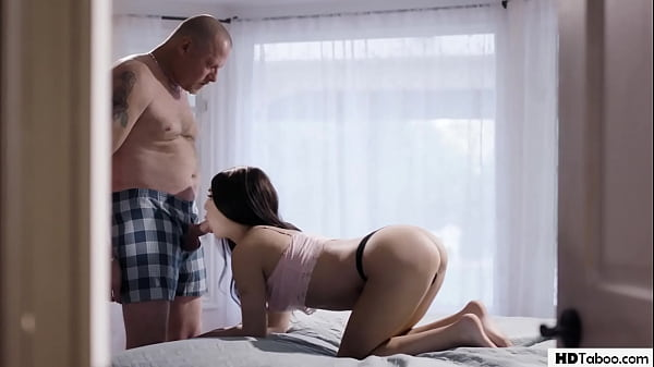 Stepdaughter Fucked By Daddy! - Jojo Kiss
