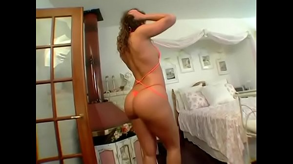 Naomi Russell's butt is fucking legend