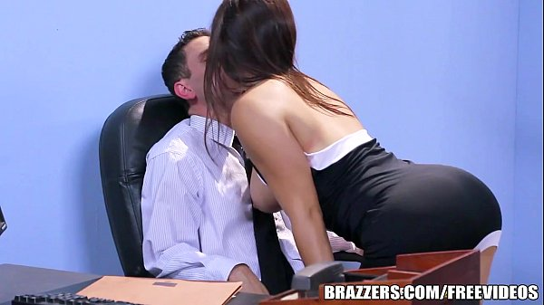 Threeway Cock Sucking In Office