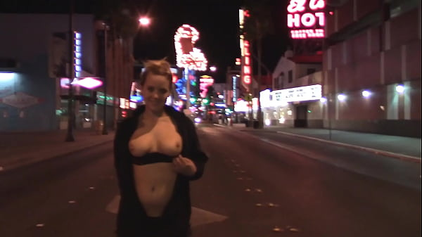 My Vegas Vacation Part 2 - Public BJ, Sex in Hallway & Emotional Fuck