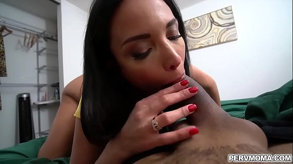 Anissa Kate slobbers on stepsons young cock!
