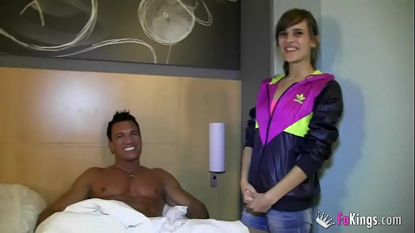 Ainara gets in bed with her idol Marco Banderas...