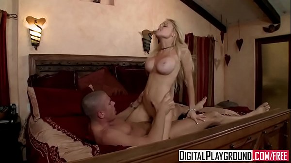 Bad girl (Jesse Jane) gets picked up on the side of the road - Digital Playground Thumb