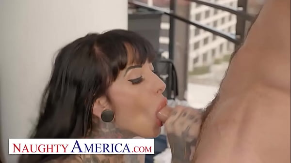 Naughty America - Jessie Lee gets fucked in her office by the IT guy Thumb