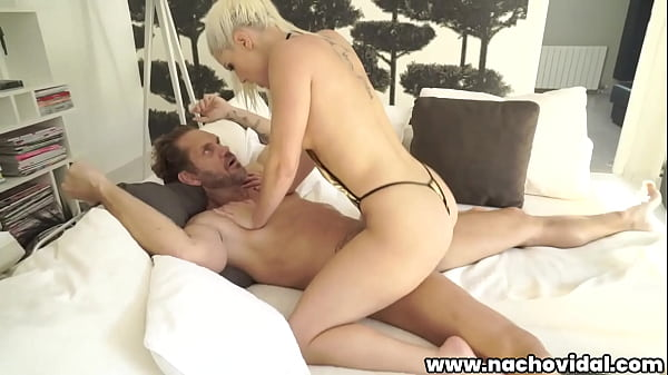Out by the pool, he nails statuesque blonde Blanche Bradburry before bringing her in for a passionate fuck -- they look more like real people than porn performers