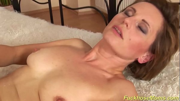 hairy mom gets a strong dick Thumb