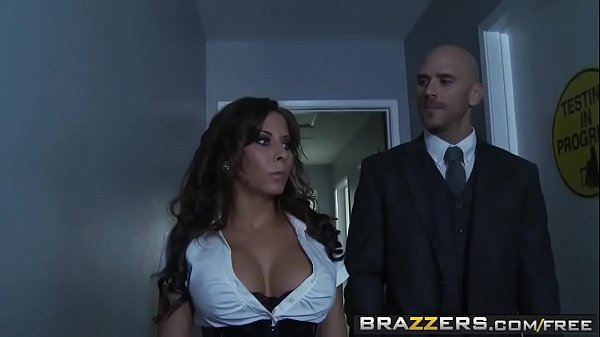 Big Tits at School – (Madison Ivy, Rebeca Linares, Johnny Sins) – The Rack of the Clones – Brazzers
