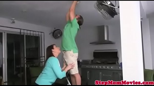 Stepmom Wanted to fuck from stranger