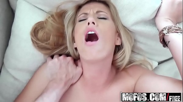 Chanel Rae) - Home Alone a Blonde Amateur - I Know That Girl