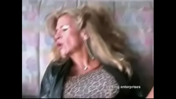 Best Mom Brutally Fucked By Electric Pump. See Pt2 At Goddessheelsonline.co.uk