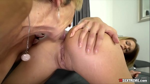 Lara West and Malya Muffdiving and Ass Rimming
