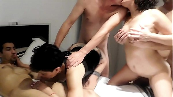 SUBMISSION SODOMIZED AND DELIVERED BY THE SISTER UNTIL THE SISTER IS ARRIVING WITH A FRIEND WITH PERLA LOPEZ