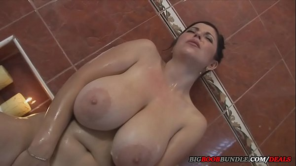 wife with big natural tits takes a hot bath