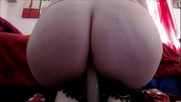 Big slow farts put your face under my ass