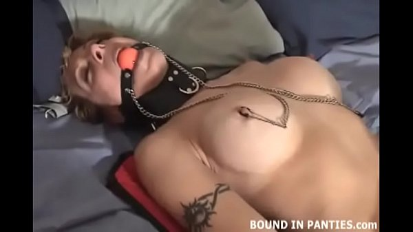 Bind me tight and play with my big tits Thumb