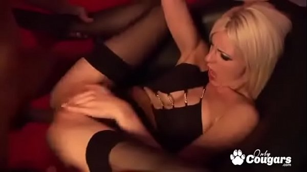 Horny Pole dancer Bangs A Customer In The Back ...