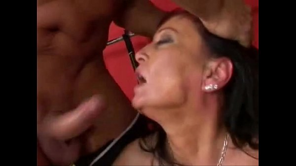 Gym mature porn German Mature Double Penetrated At The Gym Xvideos Com