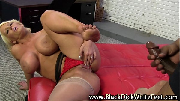 Black meat white feet-ALURA JOHNSON (3) Thumb