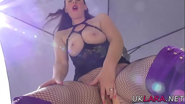 Classy brit gets pussy fingered