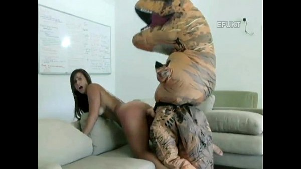 Girl fucked by trex usual