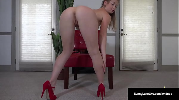 Lovely Lipstick On Sunny Lane Finger Fucking Pussy Decked In Hot Red!
