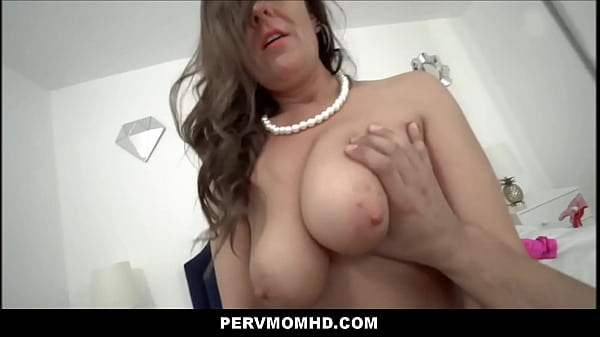 Big Ass Big Tits MILF Aunt Elexis Monroe Family Sex With Nephew POV Thumb