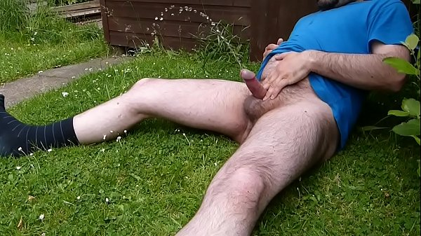 XXX Sex Images pissing in the garden