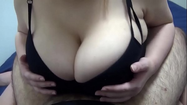 Big breasts Mcup 20 years old Momo-chan's good night bra clothes Titty fuck and fluffy boobs head wash is a masterpiece
