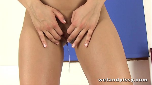 Wetandpissy Erotic pissing with piss loving babe