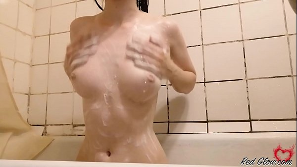 Sexy Babe Passionate Play Pussy and Washes in the Shower