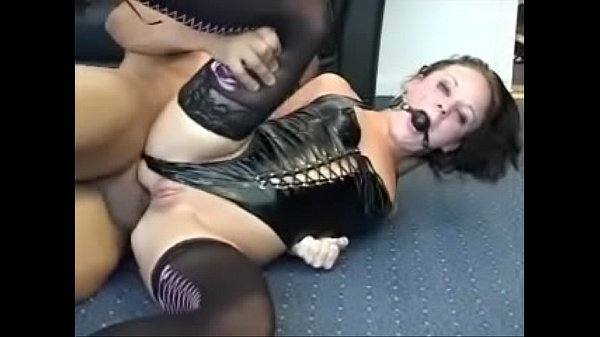 1868344 danish hottie anal sodomized with ballgag and latex