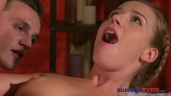 Massage Rooms Young workman is seduced by cock hungry Alexis Crysta