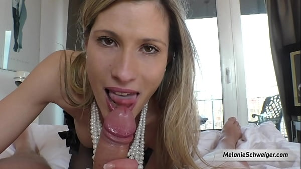 Beautiful german gallerist mom fucked!