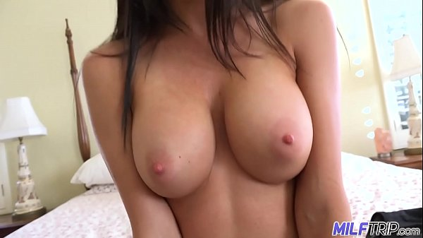 MILFTRIP Divorced MILF prefers random young cock these days Thumb
