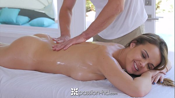 Passion-HD - Dillion Harper sexy wet massage with facial Thumb