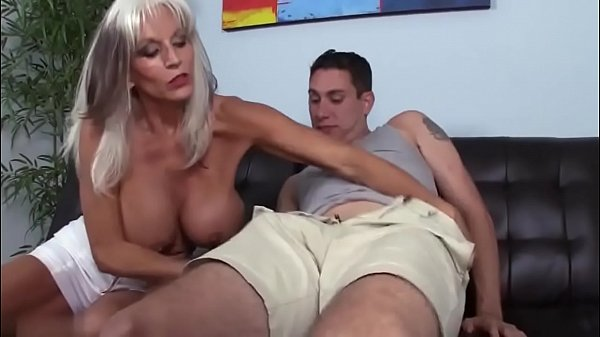 Horny granny gets pounded Thumb