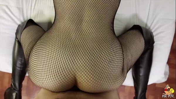 Larkin Love fucks in Fishnet
