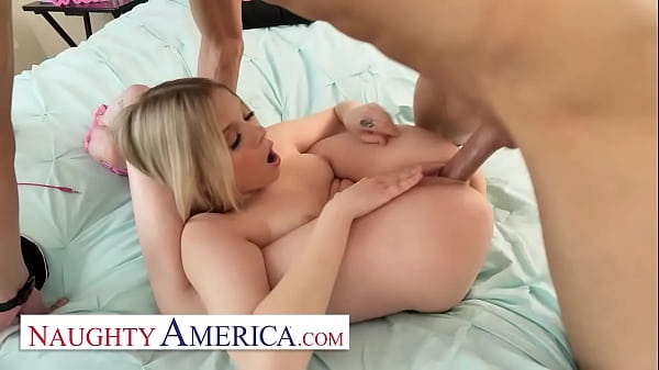 Naughty America - Coco Lovelock is about to scratch David off her
