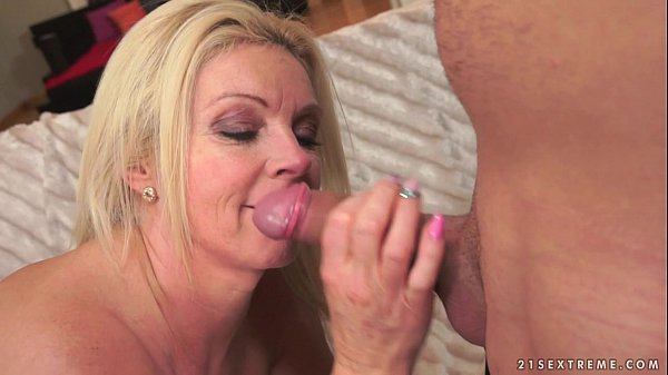 Absolutely perfect mature Franny on y. dick