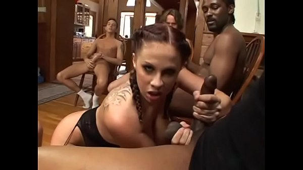 Naughty busty brunette Gianna Michaels needs to...