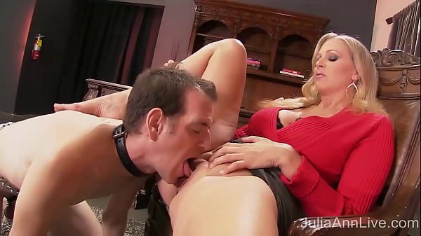 Dickdifying MILF Julia Ann Sits On Her Boy Toy's Face Until She Cums