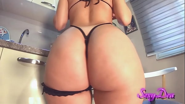 Thick pawg Sexydea cam ass spreading and squirting