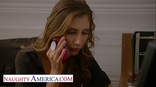 Naughty America - Sexy Gianna Dior is horny in the office