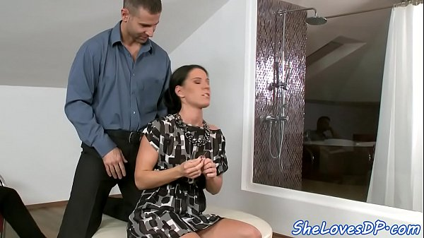 Beauty double penetrated by big cocks