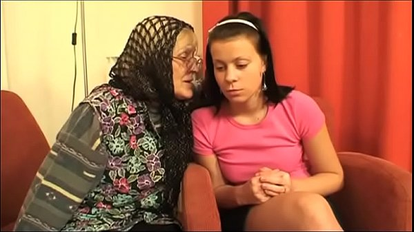 My grandma is sucking my daddy's cock!
