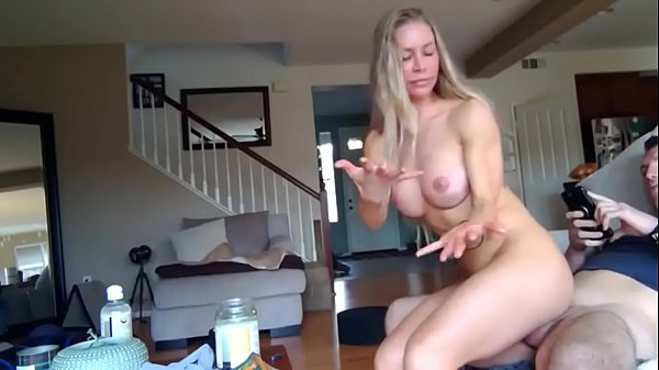 shameless big booty divorced mom with amazing body loves huge creampie with new neighbor