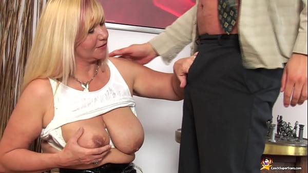 busty chubby mom deep fucked by her toyboy
