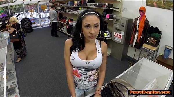Big tits latina babe blows a huge cock to earn her rentmoney