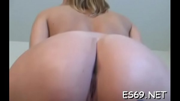 Pretty girlie blowing good Thumb