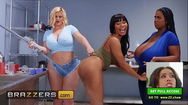 Threesome With (Jenna Foxx, Julie Cash, Maserat...